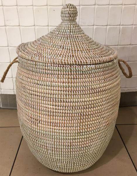 Herlig Happybasket kurv med lokk fra Senegal - Savannen Interiør AS XX-76